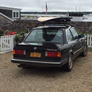 BMW w Surfboard
