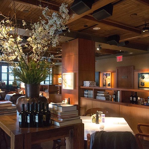 East Hampton Grill Inside