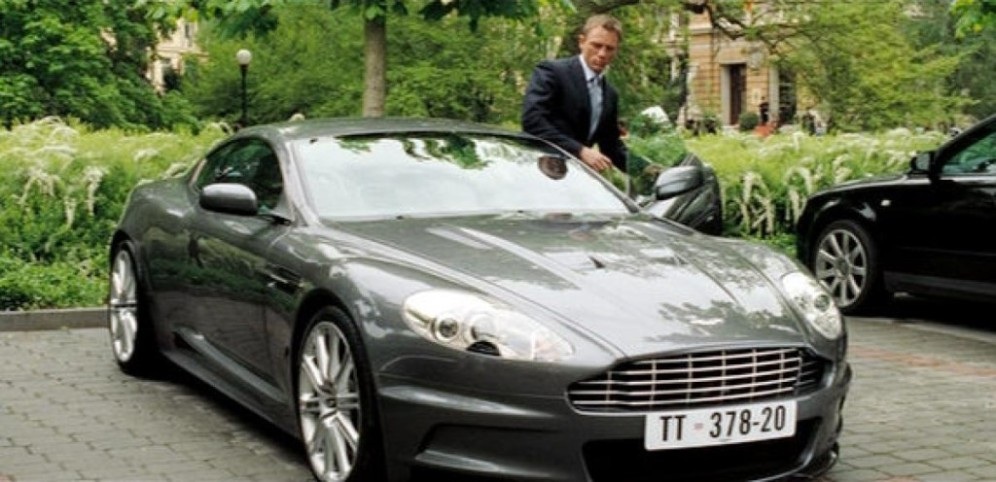 Aston Martin DBS James Bond