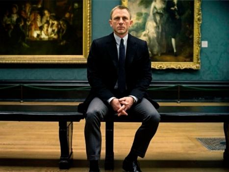 daniel-craig-as-james-bond-in-skyfall